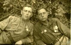 «На долгую память другу по оружию М. Альмухаметову от Размысловского Болеслава»